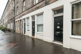 FESTIVAL: Fantastic 4 bedroom flat ideal for the festival situated on Montague Street