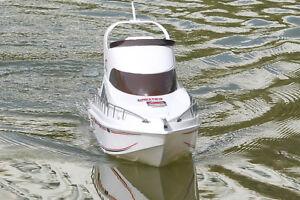 NEW RC RTR Boat Salina Yacht Dual Motor