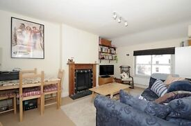DELIGHTFUL 2 BEDROOM FLAT WITH GARAGE IN WHITEHALL CONSERVATION AREA, ARCHWAY (NEWLY DECORATED)