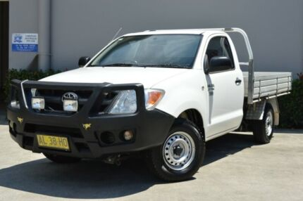 2006 Toyota Hilux TGN16R MY05 Workmate White 5 Speed Manual Cab Chassis