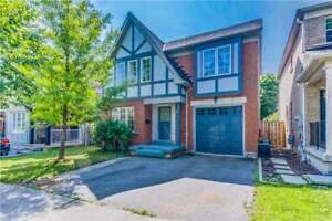 Beautiful 3 Bdrm Home Has No Neighbours Directly Behind *AJAX*