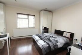 Double bedroom to rent in a shared house in Harrow Wealdstone.