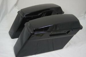 Harley stock saddle bags w lids