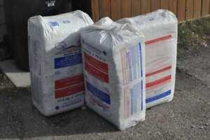 Weathershield Insulation (11.5 kg - 25.4 lb) / bag