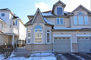 529 Beaverwood St-Beautiful Semi-detached 2 Storey in the Laurel