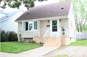 JUST LISTED!  OPEN HOUSE SUNDAY 2:00 - 4:00    1971 FRANCOIS