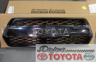 OEM TOYOTA TACOMA TRD PRO GRILLE PT228-35170 ALREADY HAS NEW 2018 SENSOR COVER