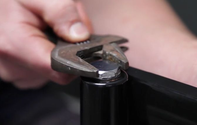Tighten the air vent and the blank at each end of your radiator. Be careful not to overtighten and cause damage.