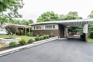 Lease Beau Valley Renovated Raised Bungalow with ravine view