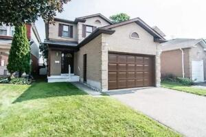 HONEY I'M HOME! BEAUTIFUL 3 BR, 3 BATH HOME IN COURTICE