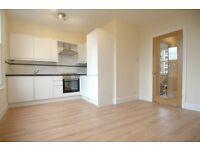 2 bedroom flat in Bromar Road, East Dulwich