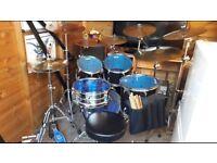 Tama stagestar drum kit