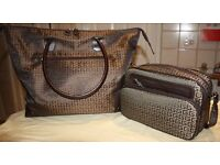 Twin bag set