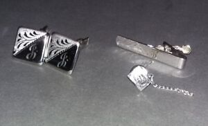 Stunning Vintage Cuff Links Set (They Look Brand New)