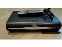 3D Digital sky hd box complete with hdmi cable