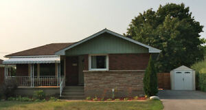 St. Catharines 3+1 Bdrm + Office Bungalow – Entire Home for Rent