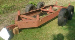 remorque 4 x 12 pieds pour bois en 12 pieds et + 2 essieux en fe