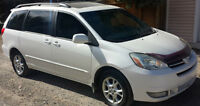 2004 Toyota Sienna Limited XLE AWD Minivan, Loaded, Leather, MNT