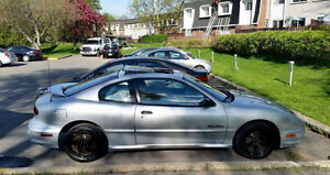 2001 Pontiac Sunfire Coupe (2 door)