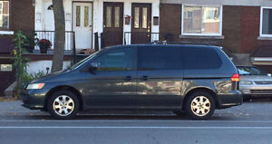 2003 HONDA ODYSSEY EN EXCELLENTE CONDITION