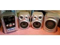 Panasonic SA-AK640 HiFi Set with Sub Woofer and 2 Speakers