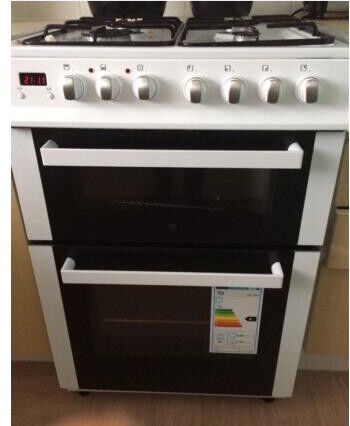 IQ 60cm Double Oven Dual Fuel Cooker - Only 5 month old
