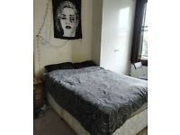 Double Room in Hendon - available now!