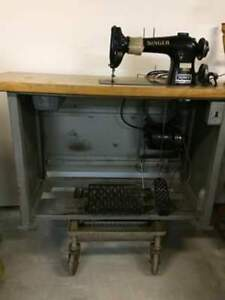 Machine à coudre Industriel  295.00$