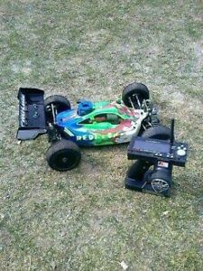Pro Line Nitro RC Buggy Almost New