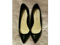 Debenhams size 5 wide fit black shiny high heeled shoes