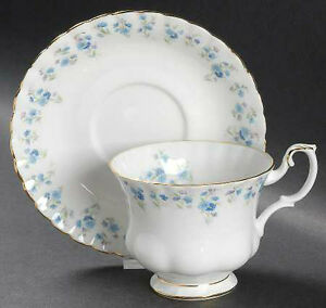 "ROYAL ALBERT  "" MEMORY LANE "" CHINA"