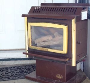 FIREPLACE -FREESTANDING STANDALONE DIRECT VENT NATURAL GAS STOVE