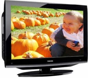 32 Toshiba LCD TV with DVD player like new