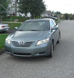 Top Clean 2007 Toyota Camry LE 2.4L 4cycl **Winter Ready** West Island Greater Montréal image 5