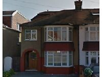 LOVELY 4 BEDROOM HOUSE AVAILABLE IN LADY SMITH ROAD, ENFIELD, EN1 3AH