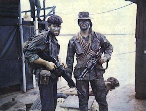 Vietnam War US Navy Seals Patrol Prep Unknown Location 1969 Glossy 8x10 Photo