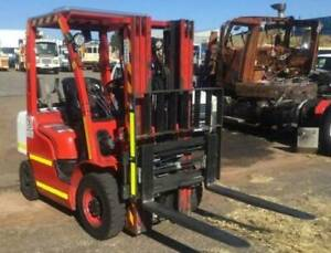 Uni Carriers Corporation, Forklift (Container Mast) Kenwick Gosnells Area Preview