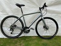 Trek FX 7.3 light weight utility / hybrid bike, perfect for commuting and also off road use.