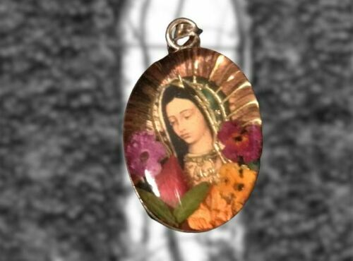 ✟  Our Lady of Guadalupe Pressed Flowers Two-Sided 925 Sterling Silver Pendant