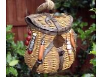 Novelty Rustic Fishing Bag Bird House Hatching & Nesting Box Small Garden Birds