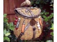 Novelty Rustic Fishing Bag Bird House Hatching & Nesting Box Small Garden Birds
