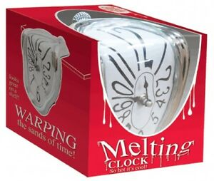 Melting-Shelf-Clock-So-hot-its-cool