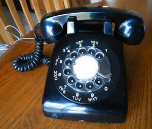 Working Vintage Northern Electric NE-500 Black Rotary Telephone