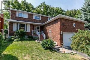 39 Mayfair Dr Barrie Ontario Great  Home for sale!