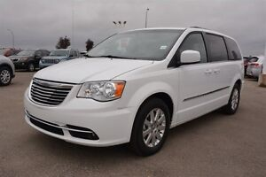 2015 Chrysler Town & Country TOWN & COUNTRY $169 bw