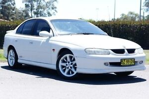 1999 Holden Commodore VT SS White 4 Speed Automatic Sedan Riverstone Blacktown Area Preview