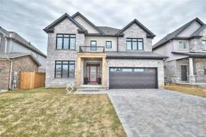 HOME FOR SALE IN FONTHILL. 3200+SQFT ASK MORTGAGE FROM SELLER