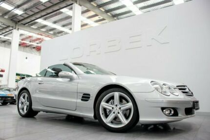 2006 Mercedes-Benz SL350 R230 06 Upgrade Silver 7 Speed Automatic G-Tronic Convertible Port Melbourne Port Phillip Preview