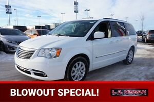 2015 Chrysler Town & Country TOURING Accident Free,  3rd Row,  A