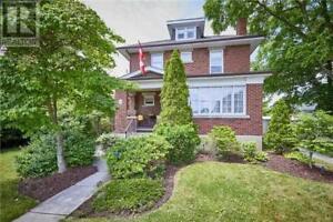 28 BALDWIN ST Whitby, Ontario